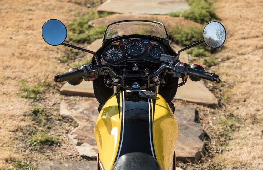 Двухтактный мотоцикл Yamaha RZ350 Kenny Roberts Edition 1984