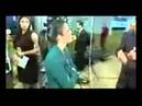 Jair Bolsonaro agride repórter da Rede TV