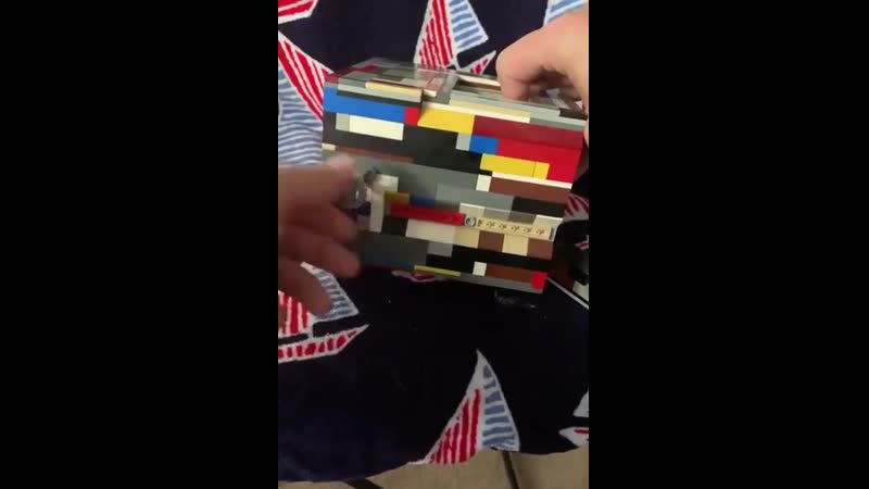 Копилка из LEGO