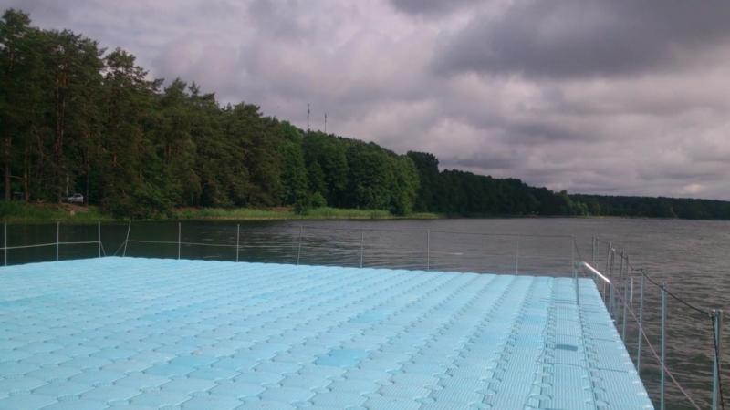 Озеро Нарочь, побережье у санатория Спутник, 25 июня 2018 года