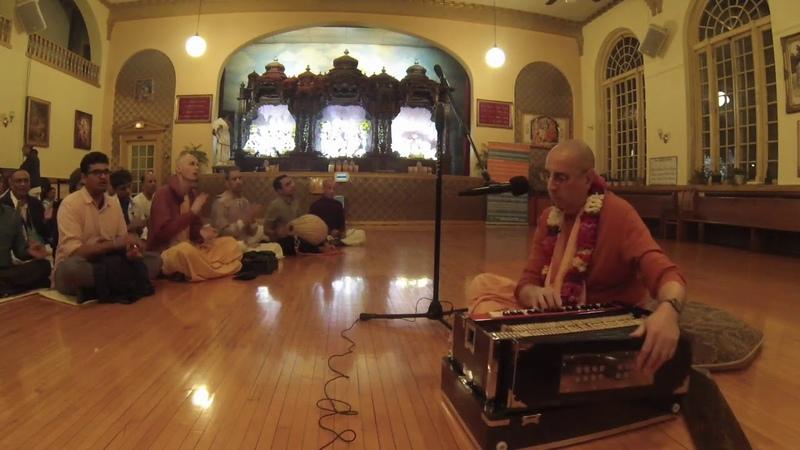 HH Niranjana Swami Chicago Temple Gita Jayanti 12182018