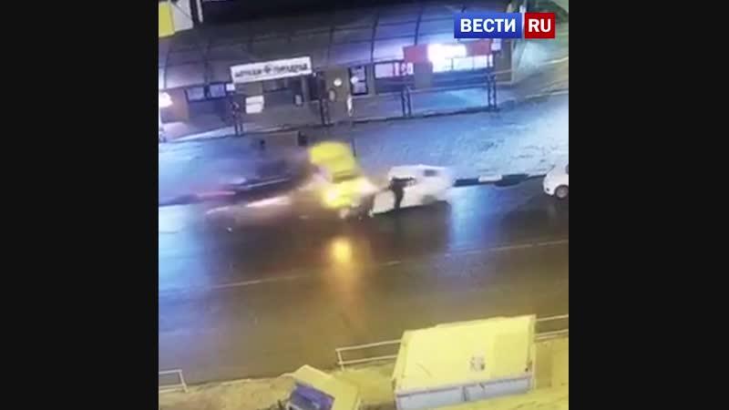 Трое взрослых и двое детей пострадали в аварии в Подмосковье