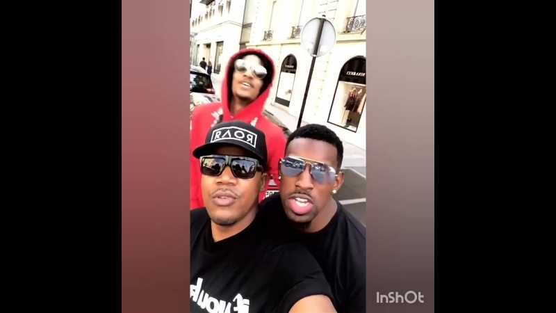 Cute Larry with friends in Paris😍😘💓 Via Larry's and @therealdjjacks's IGSs 👻