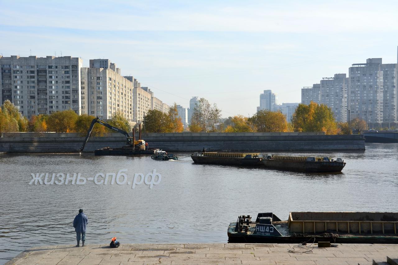 Устье реки Смоленки - что здесь происходит?