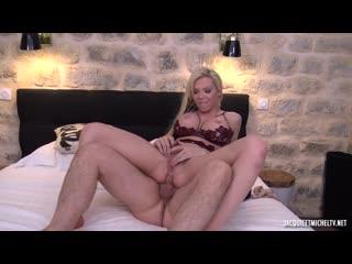 Barbara, 27ans, retourne aux sources du hard! [jacquieetmicheltv. anal, big tits, blowjob, fake tits