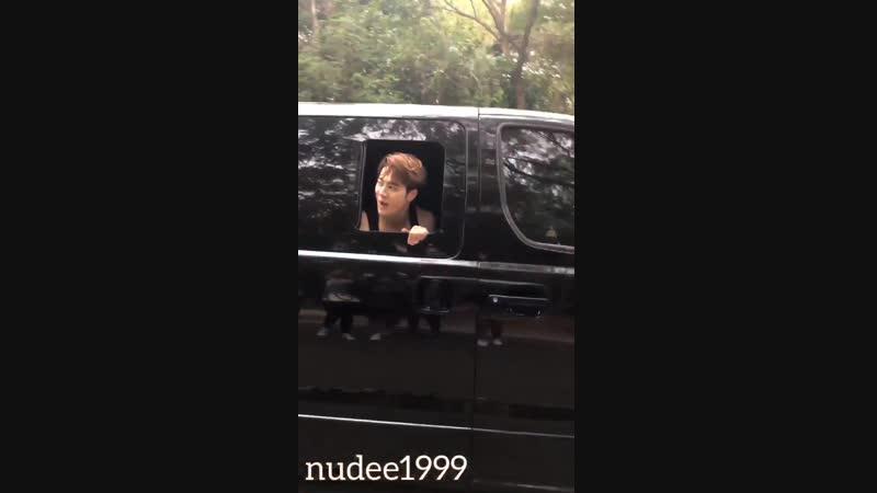 [Фанкам] 190202 @ Агасэ встретили Джексона во время съёмок рекламы в Таиланде
