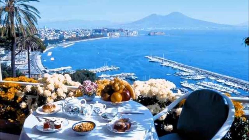 Gigliola Cinquetti, Quelli Erano I Giorni Recreation in Naples - Napoli