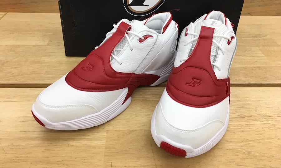 Reebok переиздал модель кроссовок суперзвезды НБА, которая вышла в 2001 году