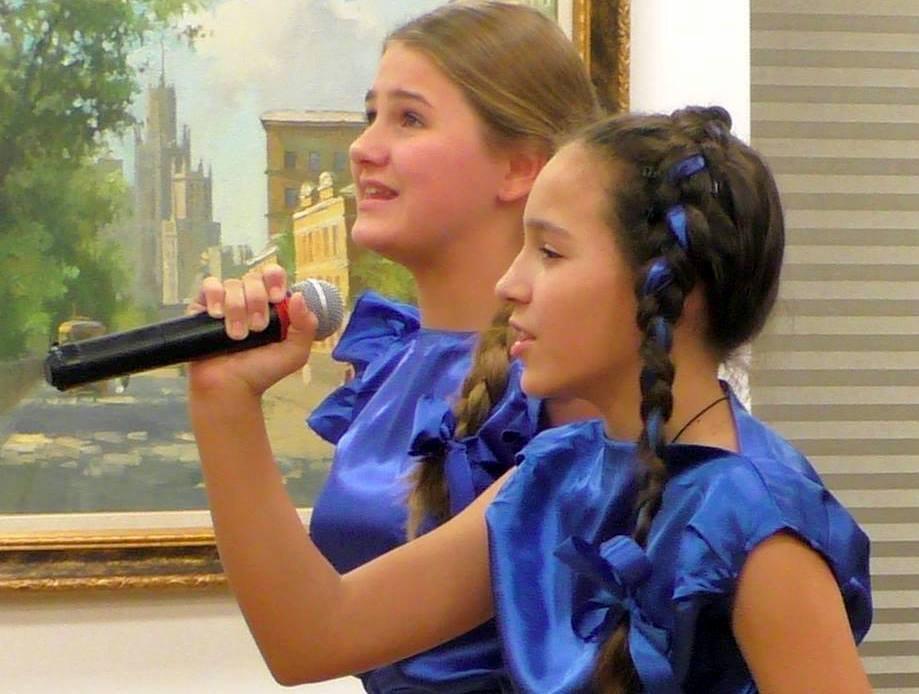 Юные исполнители из Савеловского выступили в Московском доме национальностей