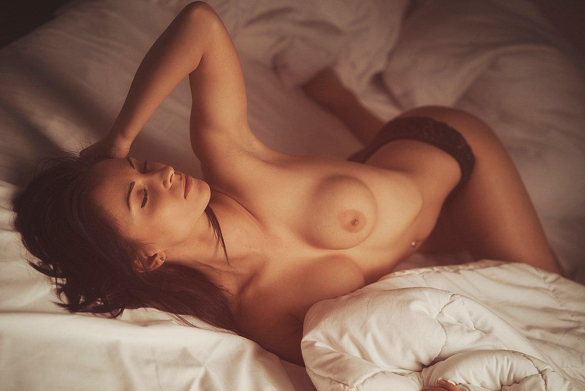Сногсшибательный красивый оргазм девушек, секс разбуди его утром