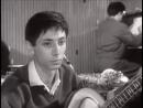Кадр из фильма Первый троллейбус (1963) Олег Даль. Улицы ждут пустые, тает мгла Поёт за кадром Владимир Трошин