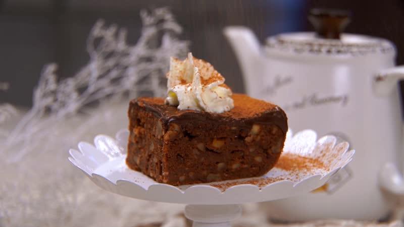 Шоколадный пирог с орехами и ганашем