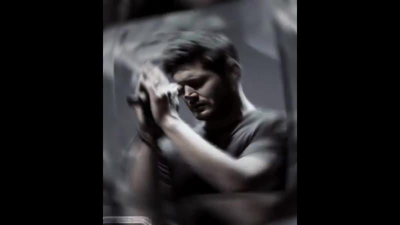 Jensen Ackles V I N E