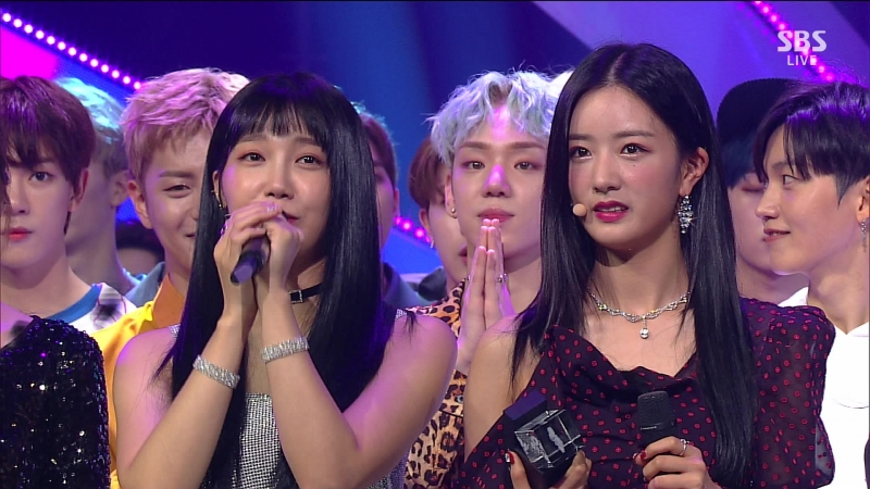 180715 A Pink (에이핑크) - No.1 (1위)