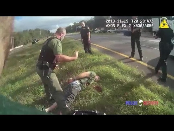 Bodycam Shows Florida Cop Shooting at Suspect Through Windshield