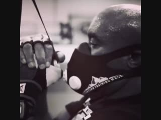 Anderson Silva Using The Training Mask