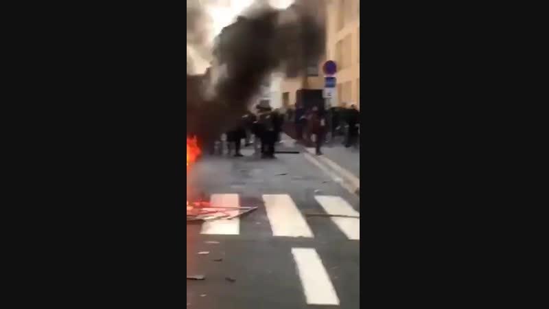 Quand la racaille pille et saccage un magasin Lacoste marque française au Mans
