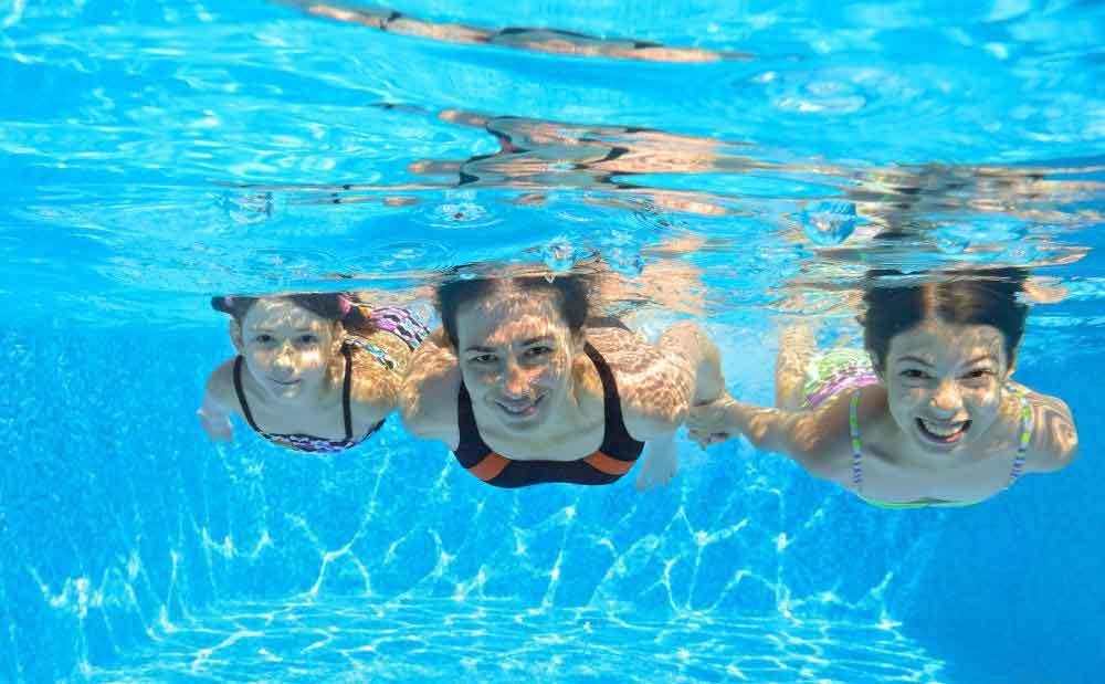 Марко Поло - классическая игра в бассейне