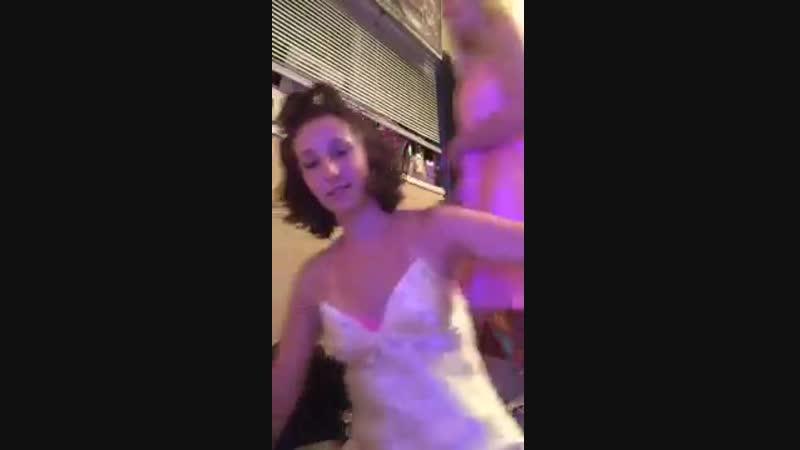 Светловолосая фигуристая принцесса снимает с парнем домашку [Секстрах all sex porn big tits Milf инцест порноЕбля.мать.