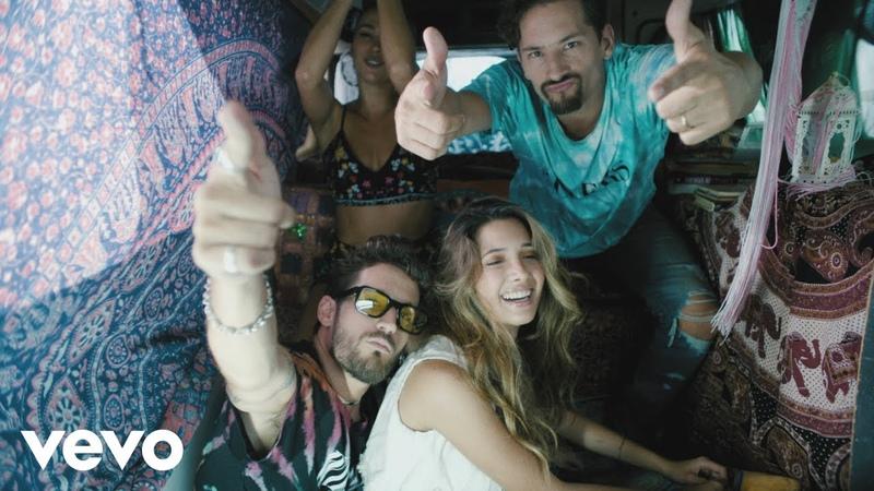 Mau y Ricky, Camilo - La Boca (Official Video)