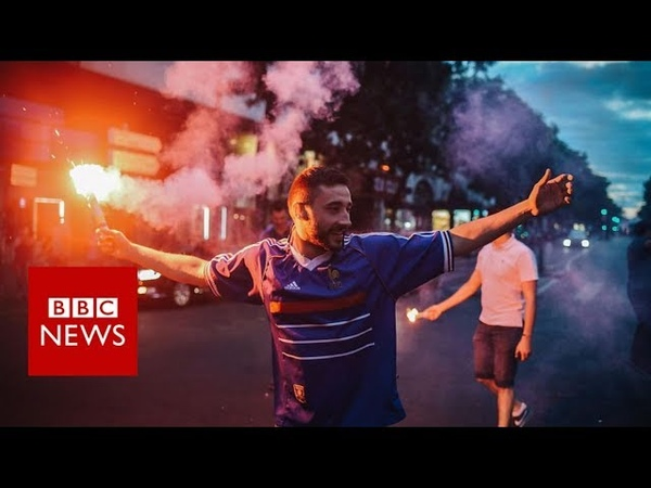World Cup 2018: France football victory ends in tear gas - BBC News