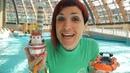 Una giornata al parco acquatico veramente super Con Maria ed i giocattoli Video per bambini