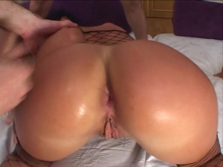 Noemi[Anal, Ass to Mouth, Big Butt, DP, Gangbang, Gaping, Gonzo, Group Sex, Oral, Rimming, Small Tits]
