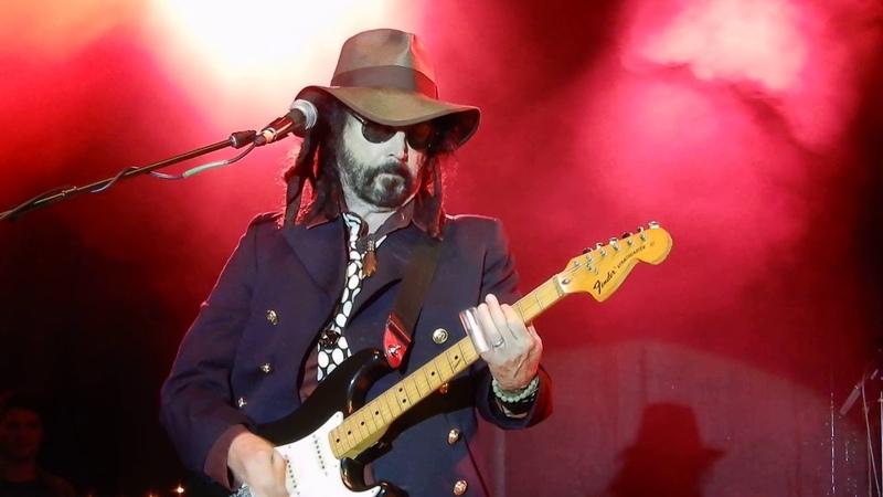 Mike Campbell....Dirty Knobs....I'm Crying....5/18/19....Hootenanny Festival....Calabasas, CA