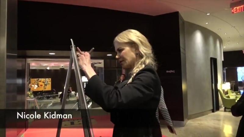 2018 | Мероприятия | Оставляет автограф в массажной клиники «the[fix]» в рамках благотворительности на кинофестивале «TIFF» | 10