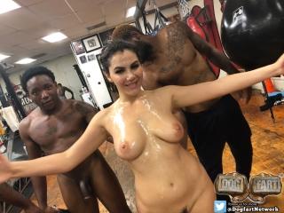 Valentina Nappi [PornMir, ПОРНО, new Porn, HD 1080, IR, Big Black Cock, Big Booty, Big Tits, BlowBang, Brunette, Bukkake]