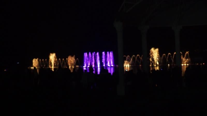 Поющие фонтаны в Абрау-Дюрсо, снято с рук на олимпус ом-д ем10м3