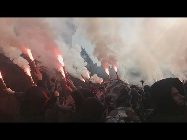 Акція НацКорпусу та НацДружин біля маєтку Свинарчуків-Гладковських