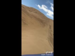 offroad wheeling in desert