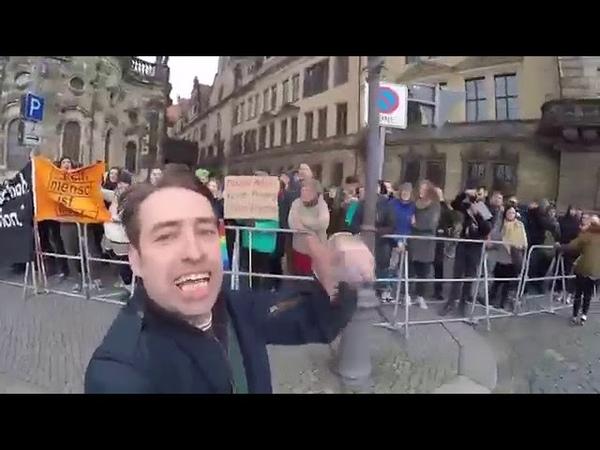 Pegida Geburtstag - Sven Liebich macht Spass mit der Antifa