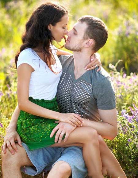 Венерические заболевания могут вызывать дискомфорт половых губ.