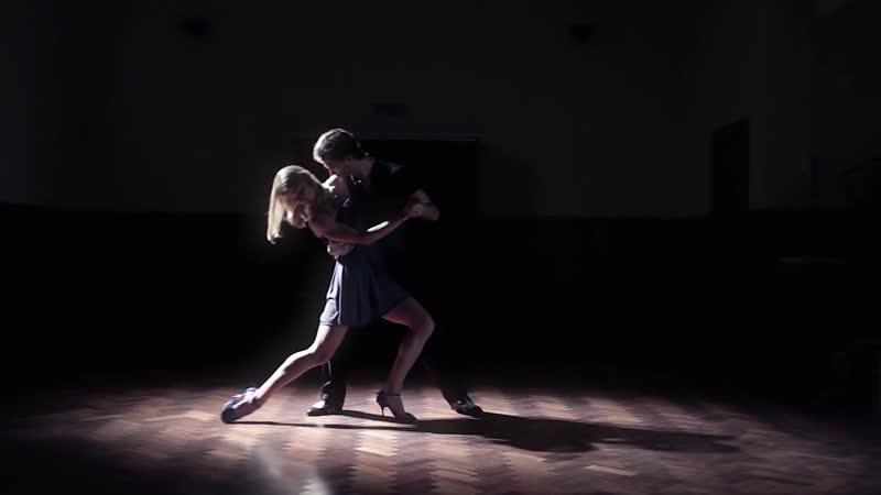 Bailemos un tanguito 🇺🇾 Santiagos Dream 🇦🇷 ambas orillas del rió de la plata en milongas y boliches