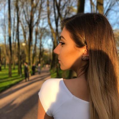 Маша Демьянова