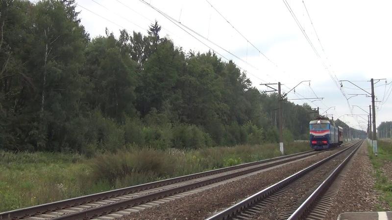 Электровоз ЧС7-023 с вагоном дефектоскопом