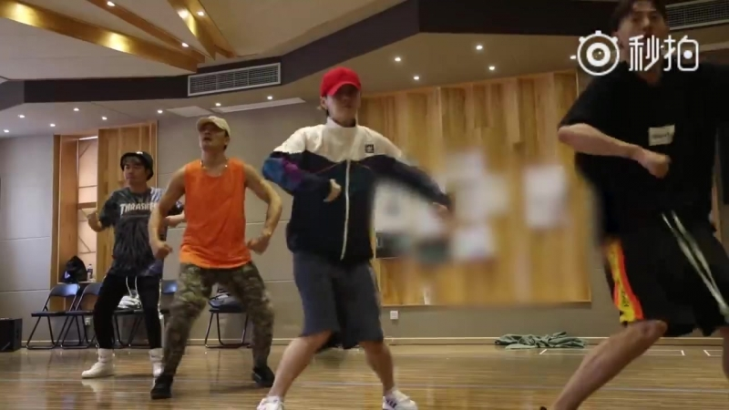 Luhan @ 180921 rock forward weibo update re x rehearsal
