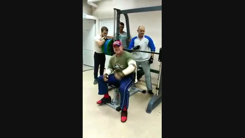 Легенда бодибилдинга Самары Арусланов Шамиль Харисович (185 кг). Всем кому за 60 А вам слабо؟!