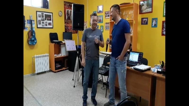 Станислав Смирнов и Алексей Комаров! А так мы шутим))