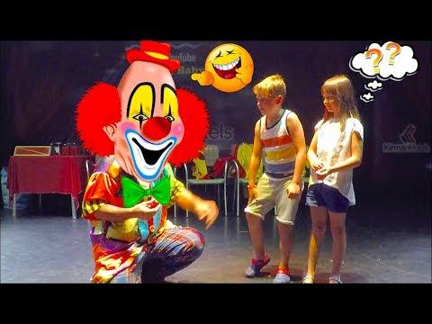 Fun kids' videos. Clown on a date, in Kirman Belazur