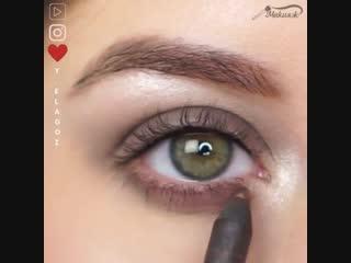 Выразительный дневной макияж