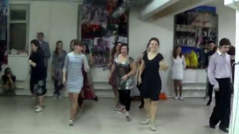 Рутинка Barefoot от школы танцев Swingin' Moscow