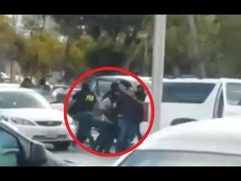 Video shows the moment 12 armed men kidnap the son and nephew of Mexican drug cartels accountant
