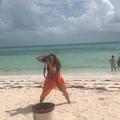 """Elaine Goldsmith Thomas on Instagram: """"#beachdays @iamshawnbarton @lacarba @jlo"""""""