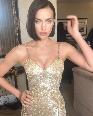 """Harry Josh® Pro Tools on Instagram: """"BOWING DOWN!! 👑 Dream day with BREATHTAKING Birthday Queen 😍 @IrinaShayk looking BEYOND GORGEOUS for the Golde..."""