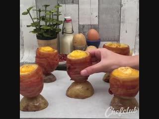 Картофель в беконе с яйцом