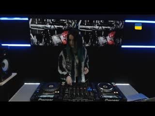Miss Monique   Live @ Radio Intense 31 01 2017