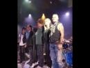 Джонни на сцене с Джеффом Беком 🎸🎸 Celebrity Theatre, 21 июля (Феникс, Аризона)